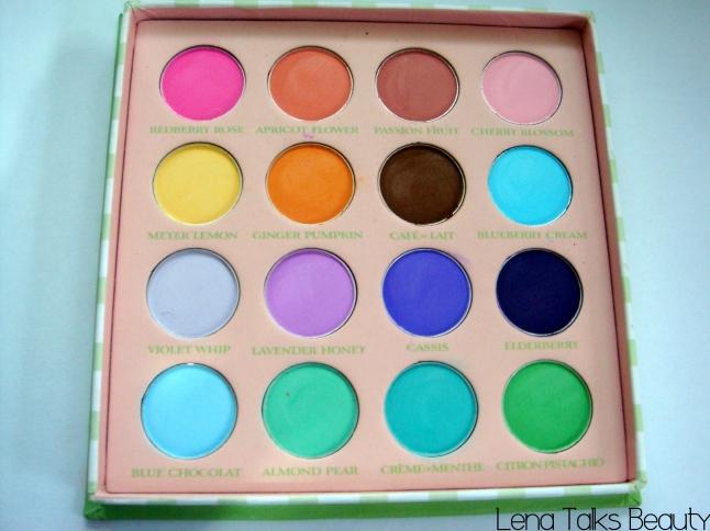 Sigma Creme De Couture macaron eyeshadow palette macaron